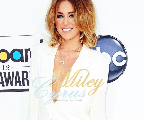 www.Milecyrus-fr.skyrock.com; Ta nouvelle source sur Miley Cyrus.