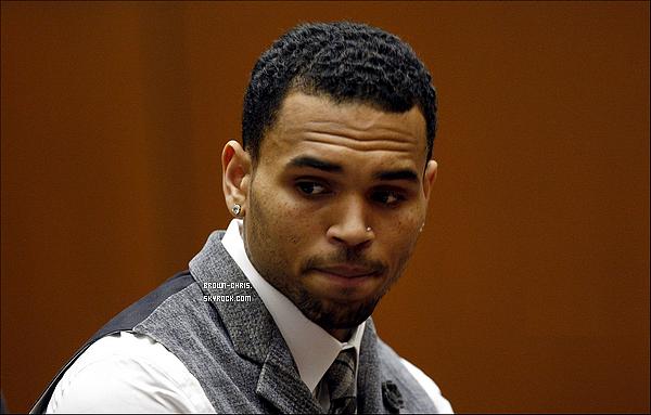 - 24 SEPT. : Chris s'est rendu au tribunal de Los Angeles ! -