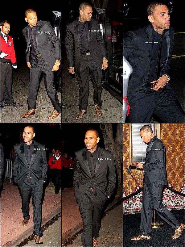 - 25 OCT. : Chris arrivant à la soirée d'anniversaire de David Furnish au Belasco Theatre. (Los Angeles)  TOP/FLOP?  -