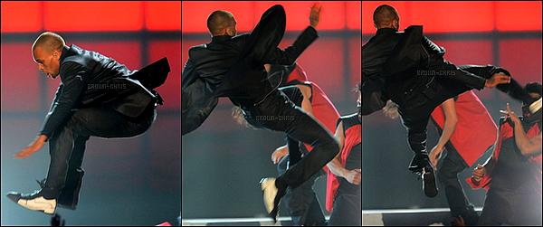. 19 MAI. : Chris était présent à la cérémonie des Billboard Music Awards ! (Las Vegas)TOP/FLOP ? -