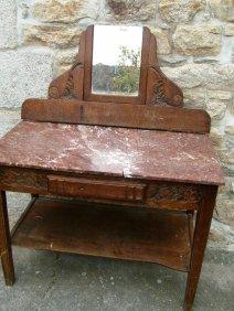 Table De Toilette Ancienne- Emaux de Briare et Assiettes Anciennes