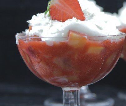 Verrine fraises nectarines chantilly chocolat blanc