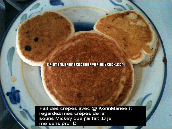 """. .   Nouvelle photo twitter ;D Cette fois, ce n'est pas le """" Double Gulp"""" , c'est Mickey en pancakes... original :D Qu'en pensez-vous ? :). ."""