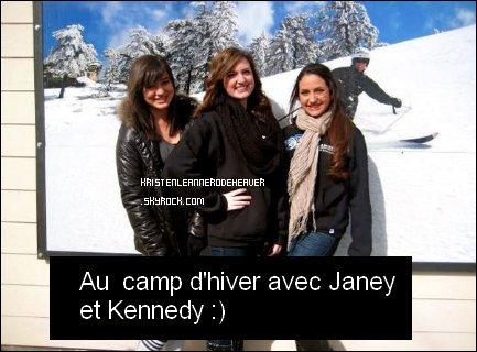 . .  Je vous poste de nouvelles photos de l'anniversaire de Cody Simspon, qui date du 23 Janvier, et une autre où elle est avec sa famille qui date du 19 Janvier. :) Elle a aussi été au ski, voici une photo. :D Elle a posté un texte qu'une fan lui a écrite, je vous ais mis la traduction en dessous de la photo. ( Désolé si quelques phrases ne sont pas bien traduites, mais j'espère que vous comprendrez quand même. ) Qu'en pensez-vous ? :D . .