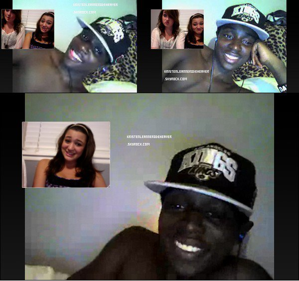 .  Nouvelles photos personnelles durant un Skype entre Kristen, son amie Janey, et un certain Tim. :) .