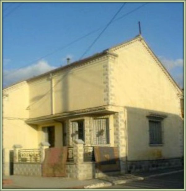 PRUDON : La villa de M. ZARAGOSSA Maire de PRUDON