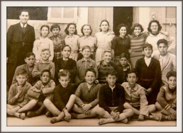 LES TREMBLES : Photos de classe envoyées par Claude TORRÈS