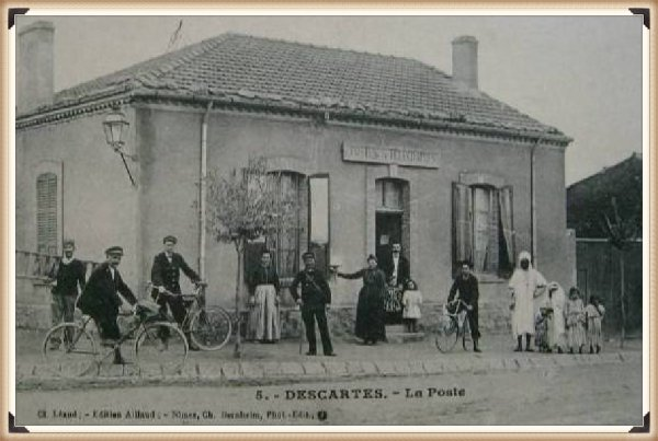 Descartes : Vieille carte postale