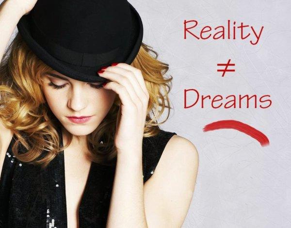 Reality ≠ Dreams // Fiction basée sur la série