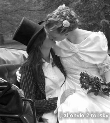 si le mariage homosexuelle vous pose probleme il vous suffit de tourner la tete dans une autre direction