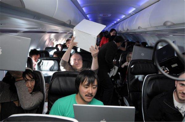 Internet dans les avions : une réalité pour tous dès 2014