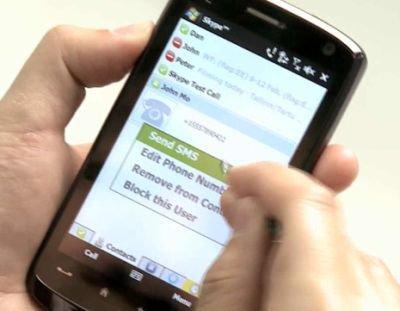 Le sms fête ses 20 ans, mais quel avenir?