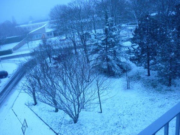neige du jeudi 2 decembre  super !!!!!!!!!