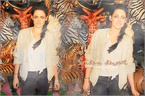 .Bienvenue sur KristeStewarts ta source pour suivre toute l'actualité de Kristen Stewart !.