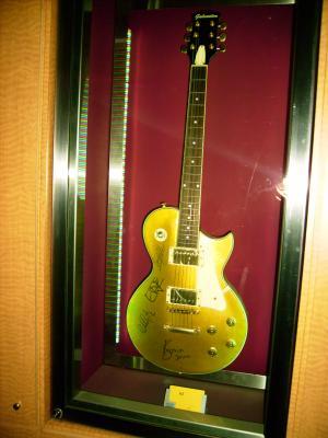 guitare electrique u2
