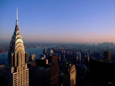 """"""" New York est la ville où l'on se sent chez soi  Quand on est de nulle part."""