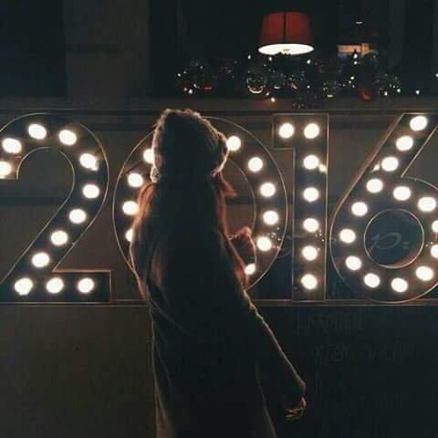Bonne et Heureuse Année mes amis (es)