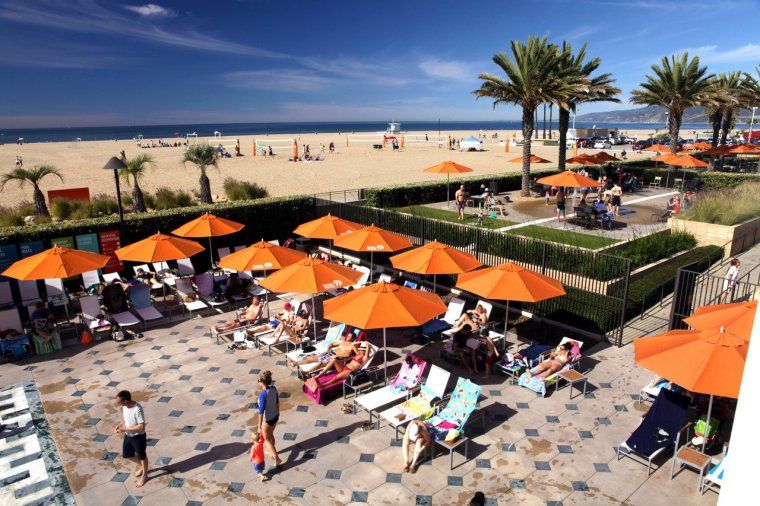 How To Woo The Reluctant Tourist In Low Season Santa Monica
