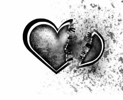 on a u des hauts et des bas mais sache que meme avec mon coeur briser  je t'ai toujours aimer et que meme si t'essayer de m'oublier je t'aimerais
