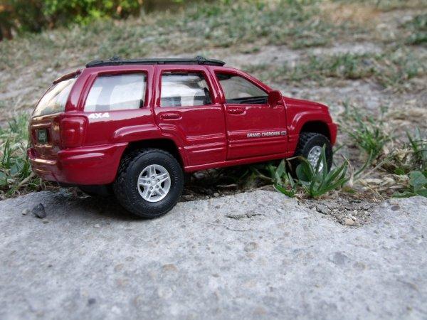 4x4 jeep 1/43eme (866)