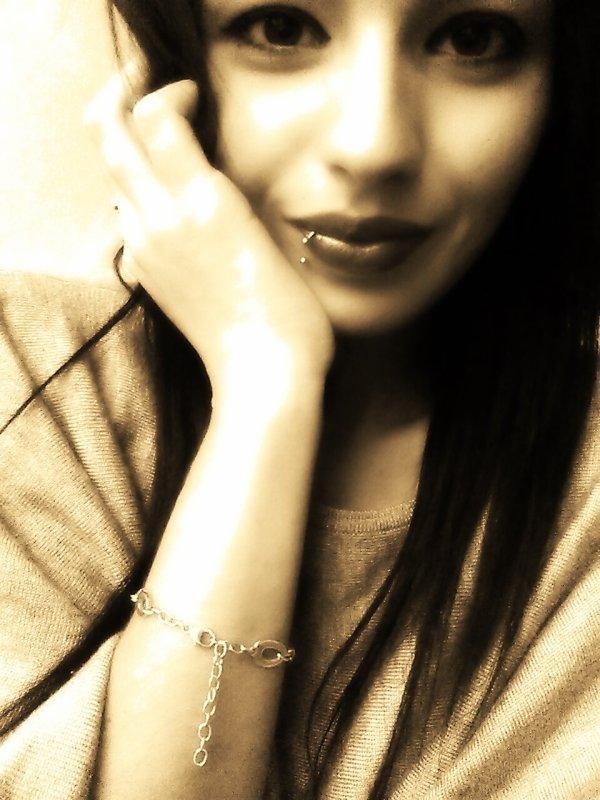 # Le temps ferme toutes les blessures, même s'il ne nous épargne pas quelques cicatrices.