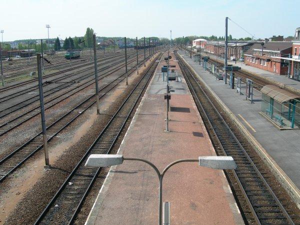 Gare de Béthune et ses quais-2