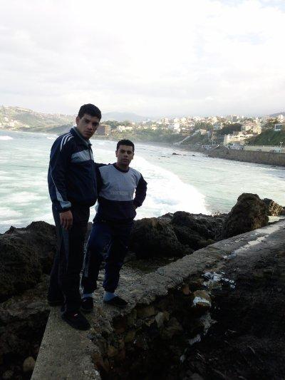 Mon frère Mourad dans le bled (boumerdase)...Le pays de la peur..lolll.