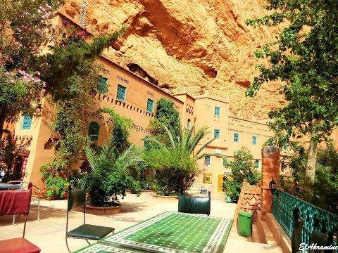 hotel tonghire sahara marocain