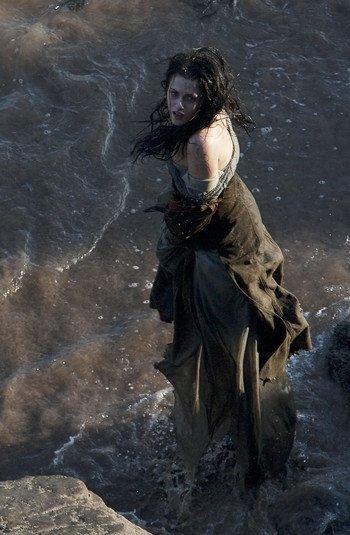 Kristen Stewart, la femme la plus détestée de Hollywood !!