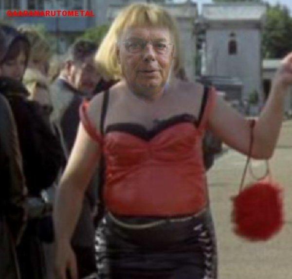 Un président obligé de se prostituer pour sauver son club