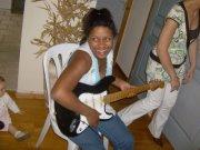Moi en mode guitariste   (l) (l) (l) (l) (l) (l) (l)