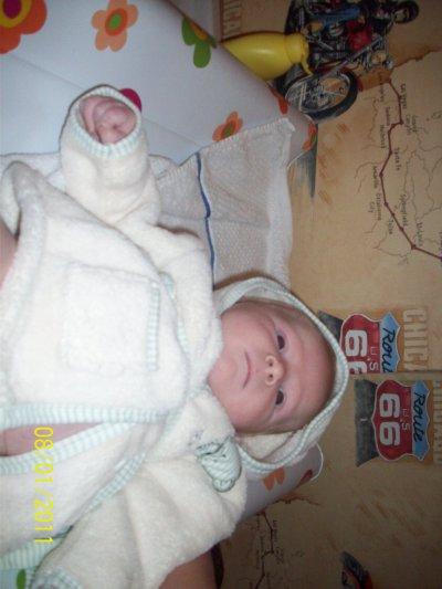 mon bebe a 1mois 17jour
