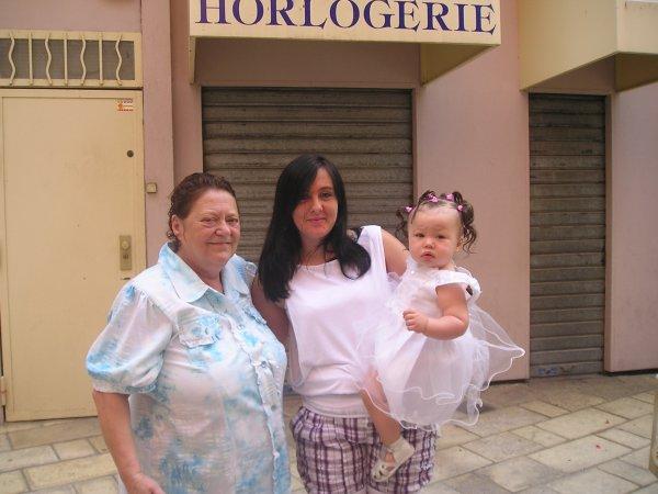 sarah alexandra et son arriere mamie