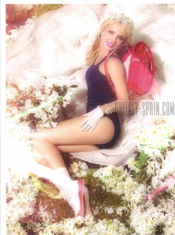2010 - Pop Magazine