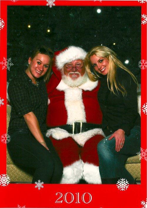 2010 - Britney, Brett & le père Noël, décembre