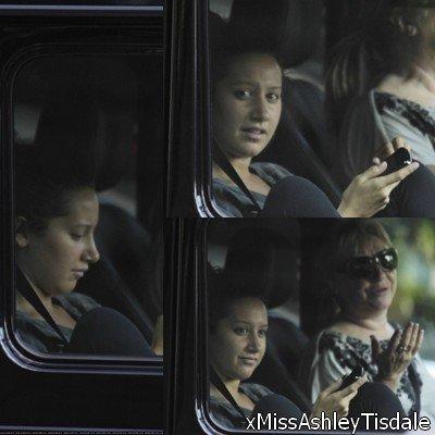 22 août : Ashley dehors à Vancouver avec sa Maman