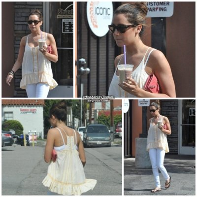 3 Juin 2011 ◇ Ashey c'est rendu au Coffee Bean & Tea Leaf à Toluca Lake, accompagnée d'Haylie Duff.