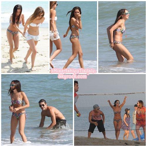 02 Juillet 2011 ◇ Ashley fêtait ses 26 bougies sur une plage de Malibu entourée de ses amis et de Zac Efron ( Partie 1 )