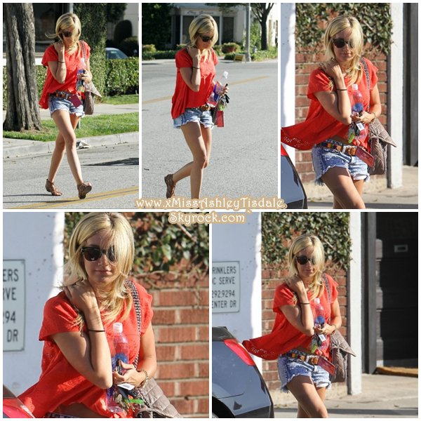 10 Juillet 2011 ◇ Ashley sortait du salon de coiffure «Byron Tracy» à Beverly Hills.