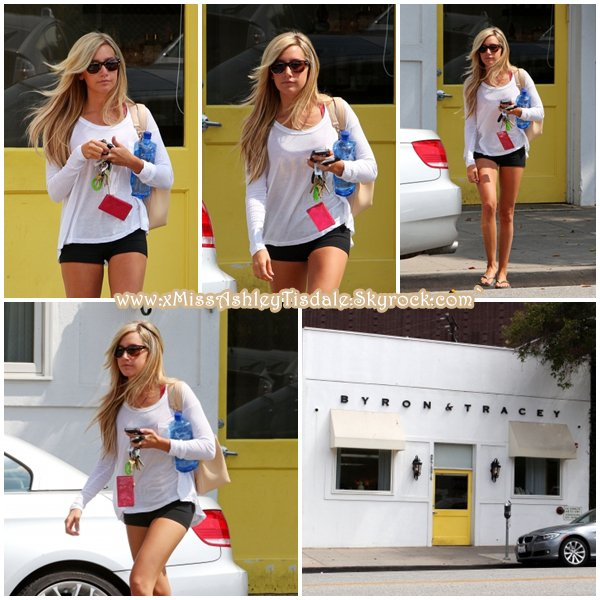 14 Juillet 2011 ◇ Ashley arrivait au salon Andy Lecompte dans le West Hollywood.