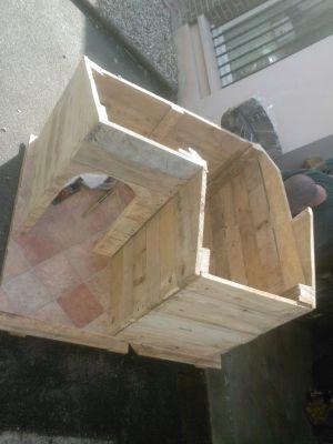 comment construire une niche avec des palettes histoire de m 39 occuper. Black Bedroom Furniture Sets. Home Design Ideas