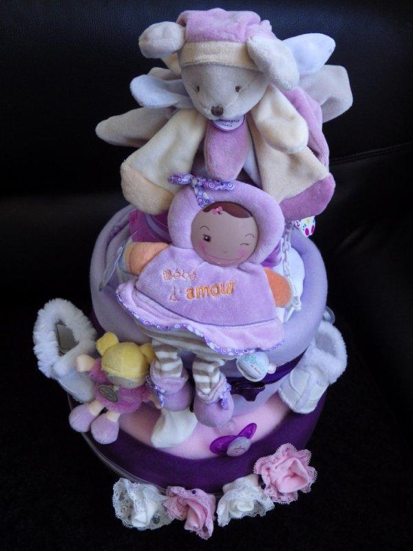 gâteau 3 étages mauve