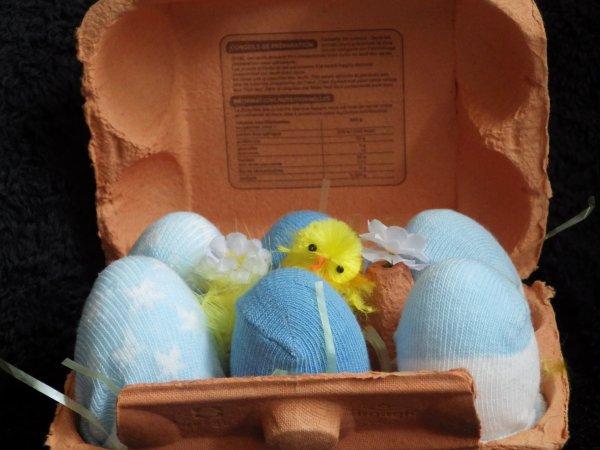 boite à ½ufs bleu