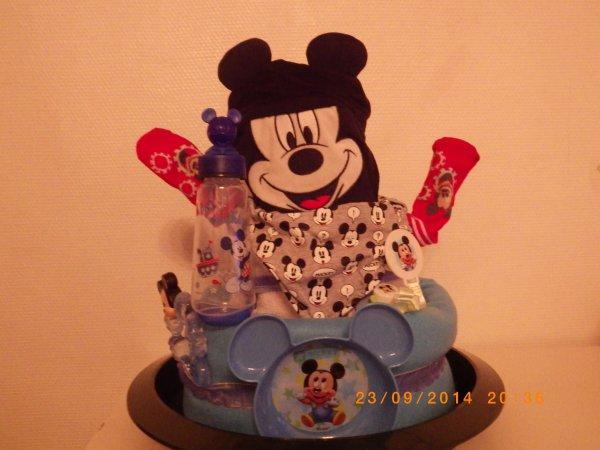 gâteau de couches Mickey 3 étages