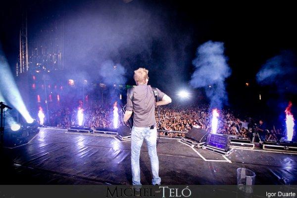 Photos: Michel à Ourinhos (São Paulo - Brésil) + Concert à Jaboticabal le 14/06/12
