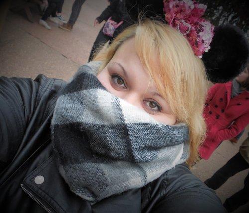 Bref,  je suis aller à Disneyland,  et oui je sais,  je suis un grand enfant 😍 !!