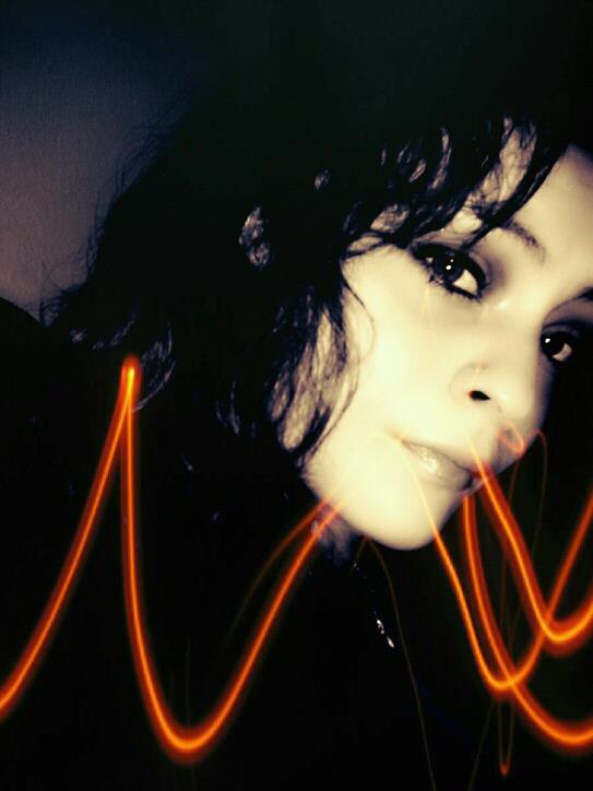 (new son) laisse moi vivre .. / melyssa / LAISSE MOI VIVRE (2011)
