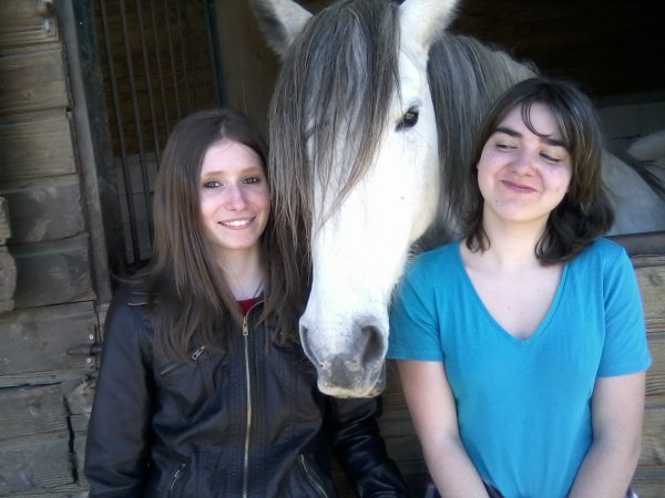délire avec ma copine et les chevaux de mon centre equestre