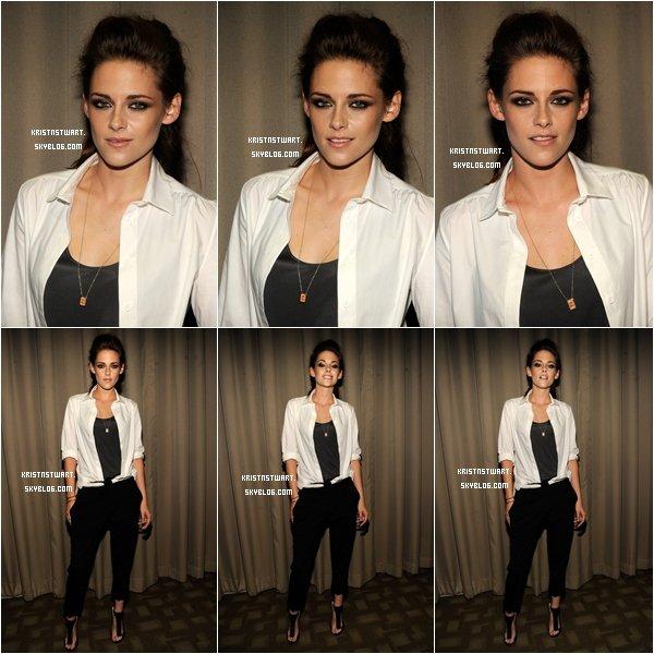 10/09/12 - Kristen était à un New York Screening pour On The Road avec Garrett Hedlund et Walter Salles.