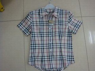2 Chemise burberry taille M & L